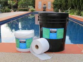 4Lt & 20 Lt Liquid rubber DIY waterproofing product.JPG